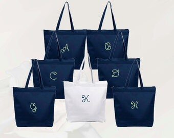 9 Personalized Zippered Tote Bag Bridesmaids Gift- Bridesmaid Gift- Personalized Bridesmaid Tote - Wedding Party Gift - Wedding Totes