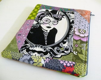 iPad 2 Sleeve, Patchwork Nightshade Witches, Foam Padded Zippered Case also fits iPad 3 and 4