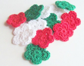Mini Crochet Flowers Appliques, Red Green White Crochet Flower Embellishment, Scrapbooking, Miniature Crochet Flower, Crochet Flower Motif