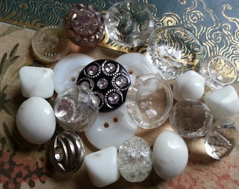 Pretty Vintage Glass and Rhinestone Buttons.. (lot no four.)
