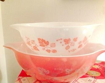 PYREX Pink Gooseberry Cinderella Mixing Bowl, set of 2, no.s 443 and 444