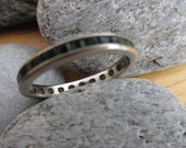 10k white gold emerald Ring diamond wedding band eternity channel setting size 7 Needs Work