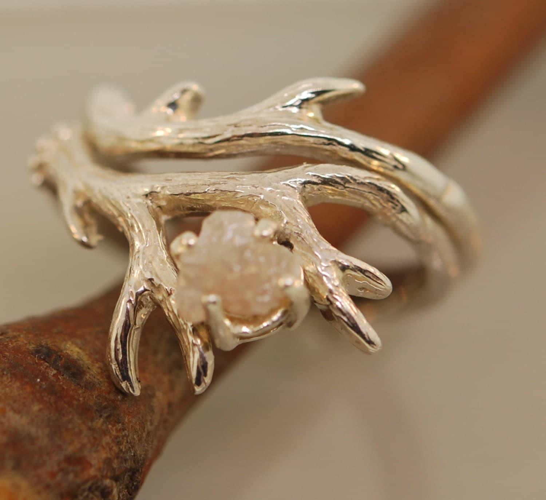 Antler Ring 2 set with rough diamondrough diamond
