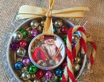 Small jello mold Christmas ornament vintage style