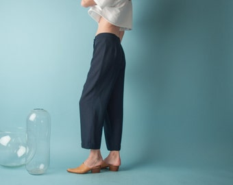navy blue semi sheer cropped trousers / easy fit pants / vtg 80s trousers / s / m / l / 1815t / B9