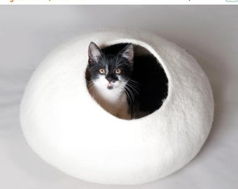 ON SALE till 30.09 White Bubble - Hand Felted Wool Cat Bed / Vessel - Crisp Contemporary Design