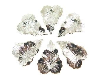 Rhodium Plated Leaf Charms (8X) (R213)