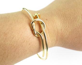 Gold Plated Knot & Nail Head Bangle Bracelet - (1x) (K409)