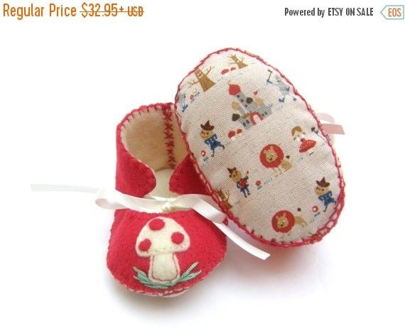 20 % off Fall Sale Wizard Of Oz and Mushroom or Toadstool Unisex ECO Baby Booties Baby Booty First Baby Shoes Baby Boots
