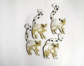 Spotted Curly Tail Cat  / Little addition Articulated Decoration  / Hinged Beasts Series