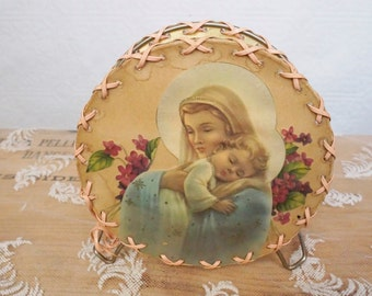 Vintage  kitchen napkin holder Virgin Mary prayer  kitchen holder Grace after meals Sisters of St. Basil  Mount St. Macrina, Uniontown Pa.