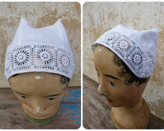 Vintage Antique Edwardian 1900 old French lady's bonnet / white  cotton  hand embroidered