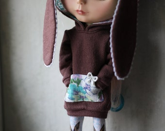 OOAK Bunny Hoodie for Blythe with Vintage Fabric Lining