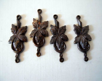 4 Vintage Brass Flower Connectors