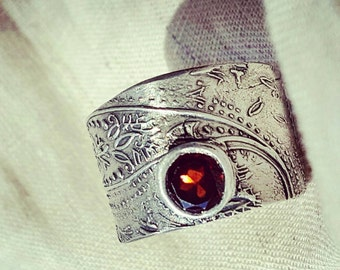 Wide Garnet Ring.Eco-friendly Silver red Stone Artisan Mendhi paisley symbolic jewelry Bohemian unique  FLOURISH ring