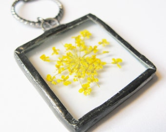 yellow flower necklace - flower jewelry - real flower necklace - minimalist jewelry - flower necklace - dried flower necklace