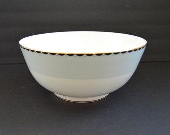 Large Wedgwood Serving Bowl -Barbara Barry Curtain Call Fine Bone China Large Salad Dish Casserole Fruit Salad Bowl Gold White Black Blue