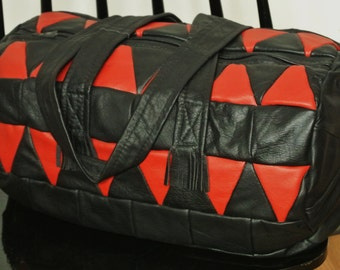 Unique ONE-OF-A-KIND large new/unused shoulder-bag/handbag of strong black/ red real natural skin/ leather in patchwork