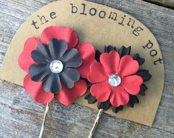 Black and Red Flower Bobby Pins