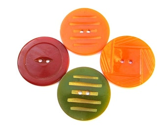 Bakelite antique vintage 4 buttons, 35mm, collectibles, assorted colors,  tested positive for bakelite, carved