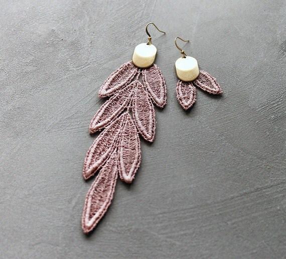 mismatched earrings | VIDA | shoulder duster earrings, pink lace earrings, asymmetrical earrings, boho chic earrings, boho bride, modern