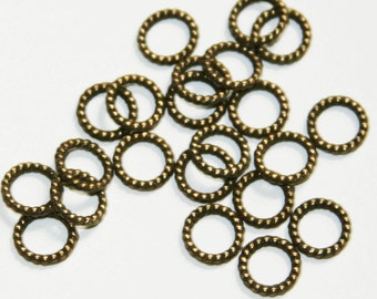 50 pcs of Antique brass alloy twisted jumpring 8mm, Gunmetal gunmetal closed jumprings, closed connector 18g
