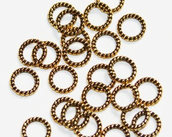 50 pcs of Antique  gold  plated alloy twisted jumpring 8mm, closed jumprings, closed connector