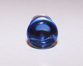 One 0 gauge cobalt glass plug double flared (478)