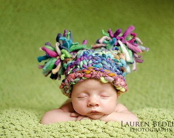 NEWBORN Photography Prop - Baby Knit Hat - Twin Prop - PeachPoshPolkadots - Photo 2 - Handdyed and Handspun yarn