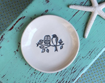 4 Birds on a Branch on Small Round Ring Dish, Trinket Dish with Owl and Birds, Woodland Birds on Jewelry Dish