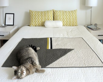 SALE! Modern Quilt - Baby/Pet Quilt - Pickle,Black and White