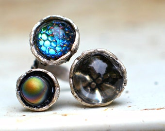 Unisex Statement Ring - Three Pronged Ring - Multicolour Thousand Eye Glass -  Rainbow Sheen and Hologram Dragonfly