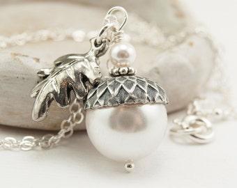Acorn Necklace with Oak Leaf, Acorn Jewelry, Bridesmaid Necklace with White Swarovski Pearls, Woodland Wedding Jewellery, Pendant Necklace