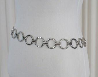 Vintage Silvertone Circle Metal Chain Link Belt