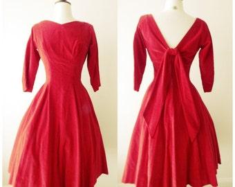 Sucre douce dress | vintage 1950s dress | velvet 50s party dress