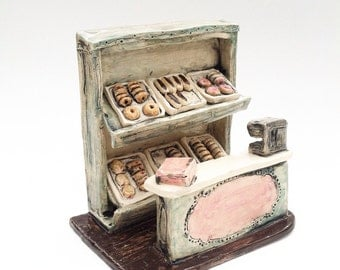 Classic old fashioned donut/doughnut shop counter ceramic miniature diorama