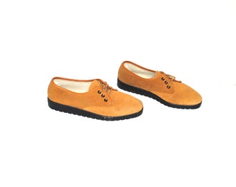 mustard suede flat oxfords French vintage 1980s Damart shearling tie shoes flats size 7