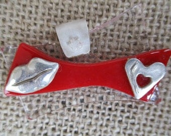 Art Deco Fused Glass and Fine Silver Hearts and Lips Pendant