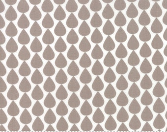 Sundrops (29013 14) Raindrops Taupe by Corey Yoder