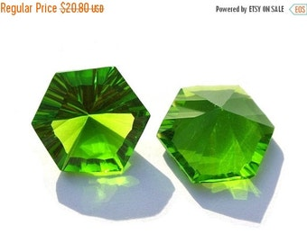50% Off Valentine day 1 Match Pair AAA Peridot Quartz One Side Concave Cut Hexagonal Briolette Size 15mm Concave Cut Gems (Choose The Drill