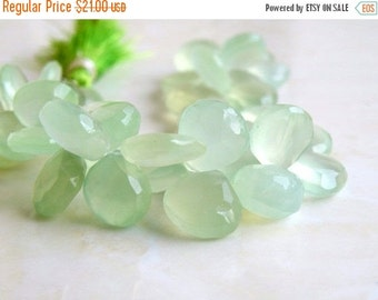 Clearance SALE Green Chalcedony Briolette Gemstone Faceted Heart 10.5 to 11mm 15 beads