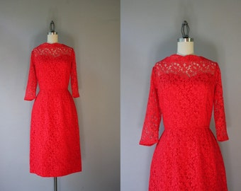 1950s Dress / 50s Red Lace Cocktail Dress / Lace and Satin Sweetheart Party Dress