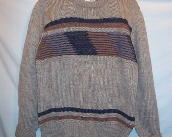 Mens Vintage 80s Campus Beige Tan Pullover Acrylic Sweater L Striped Chest Chunky Knit