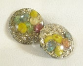 Vintage 50s Confetti Lucite Pastel Sea Shells Glitter Button Clip Earrings