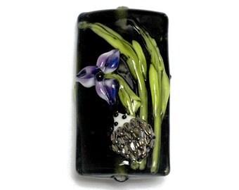 NEW! 11839103 Iris and Critter Kalera Focal Bead - Handmade Glass Lampwork Bead