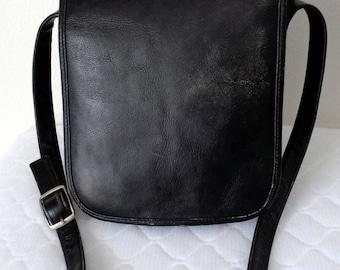 Adventure Bound Originals larger size messenger bag satchel cross body bag hipster bag Colombian grain buttery soft broken in leather