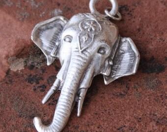 maharajah elephant pendant