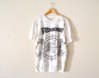 "90's ""Fishbone"" All-Over Print Graphic T-Shirt"