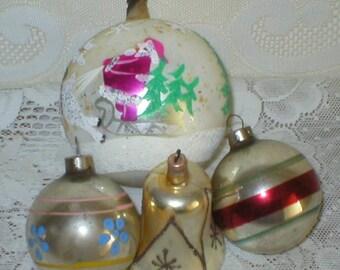 4 Christmas Ornaments Mercury Glass Austria USA Mica Stenciled Vintage Antique