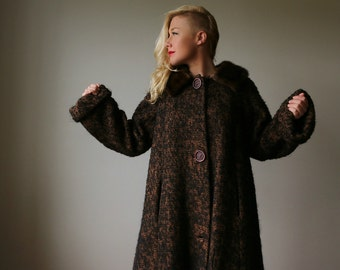 1950s Chocolate Fleck Winter Coat~Size Large to Extra Large